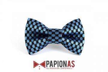 Papion Blue diamonds on black