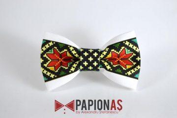 Papion personalizat cu motive traditionale romanesti 77
