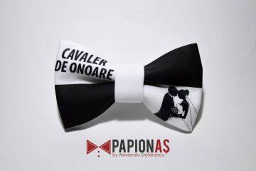 papion_bw_cavaler_de_onoare